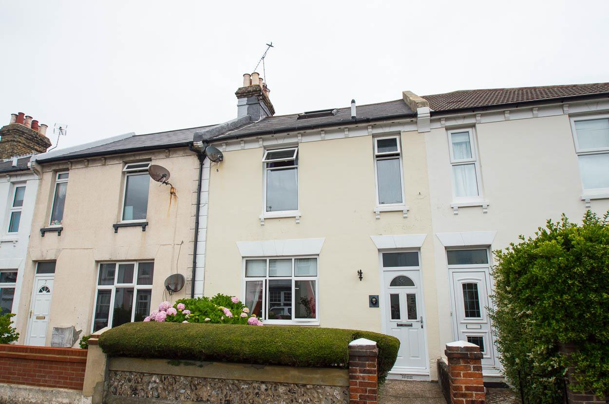 3 Bedrooms Terraced House for sale in Hydney Street, Eastbourne
